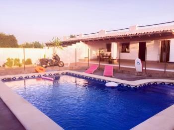 Chalet con piscina - Apartamentos Conil de la Frontera